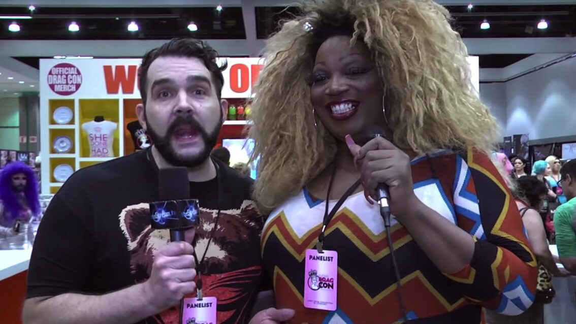 Hey Qween! Live at DragCon: Jonny and Lady Red at the World of Wonder booth