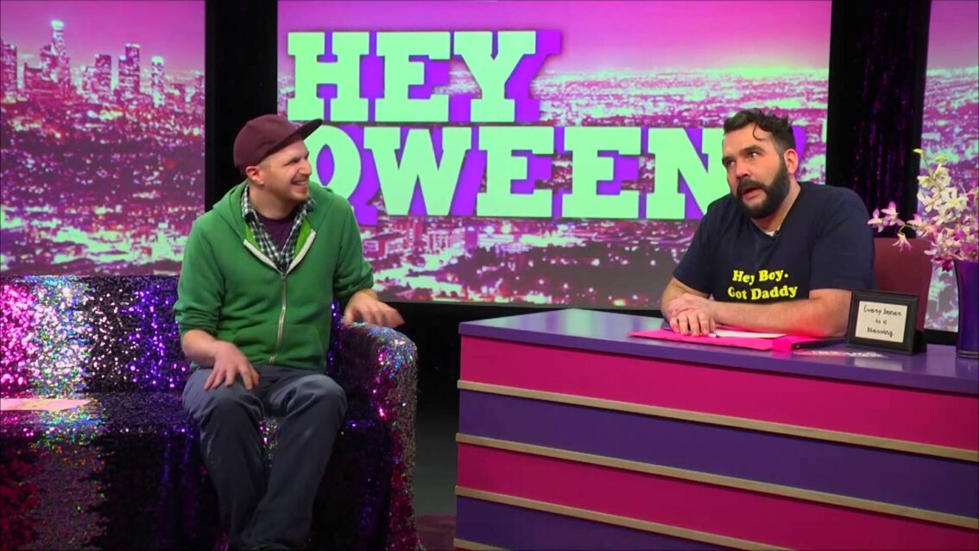 Hey Qween! BONUS: JIZ aka Jeff McCubbin on Paula Deen