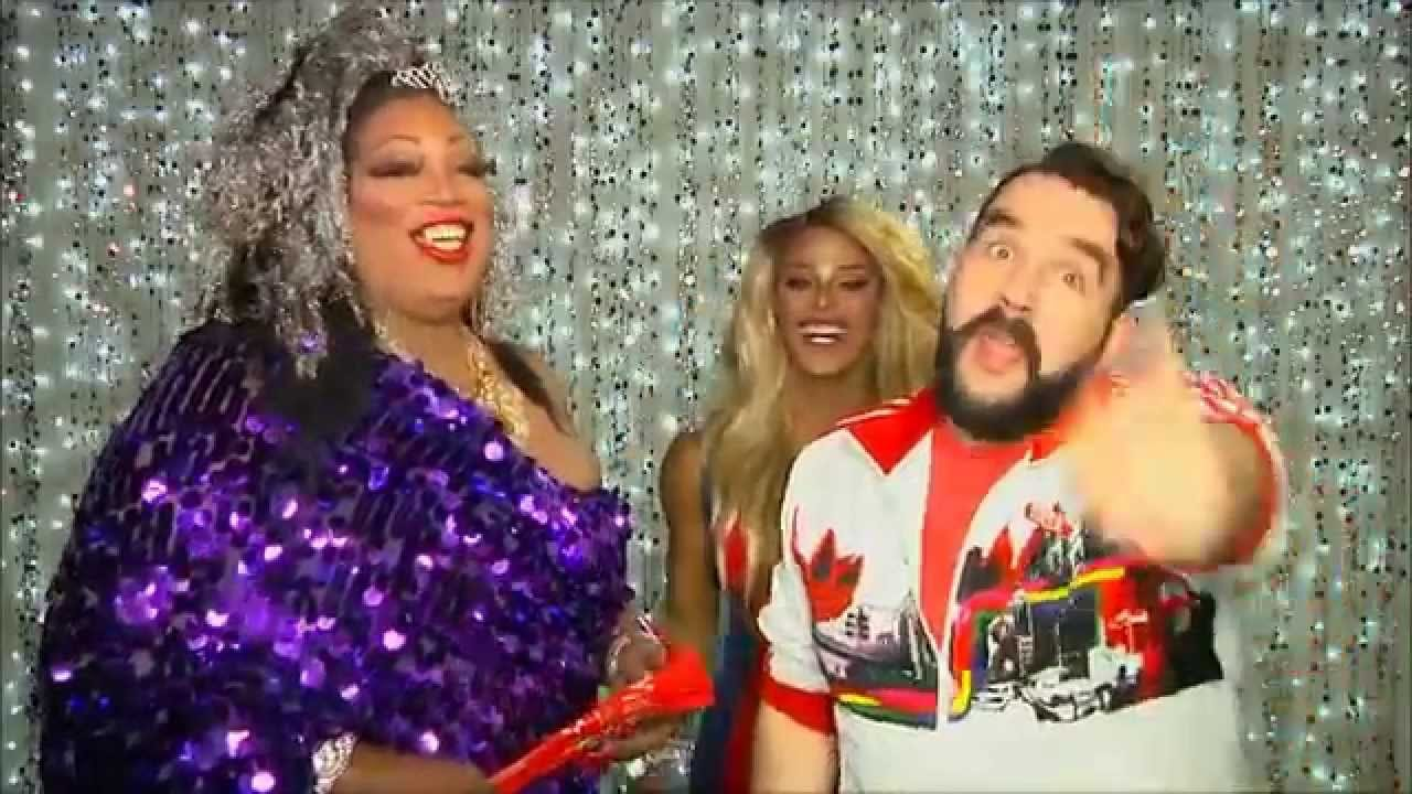 Rupaul's Drag Race Winner Tyra Sanchez on Hey Qween with Jonny McGovern PROMO