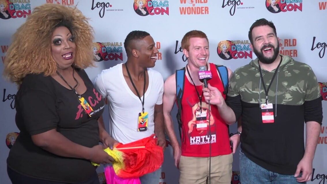 Rupaul's Drag Race Pit Crew at Rupaul's DragCon 2016 on Hey Qween Live