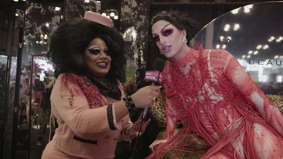 Milk at DragCon NYC 2017 – Hey Qween!